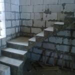 Монолитная бетонная лестница №30